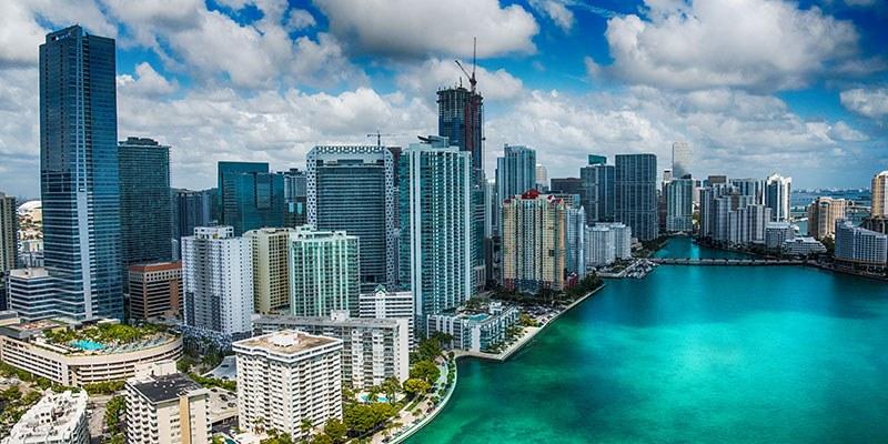 Full Sail University Career/Alumni Networking Event - Miami Hero Image