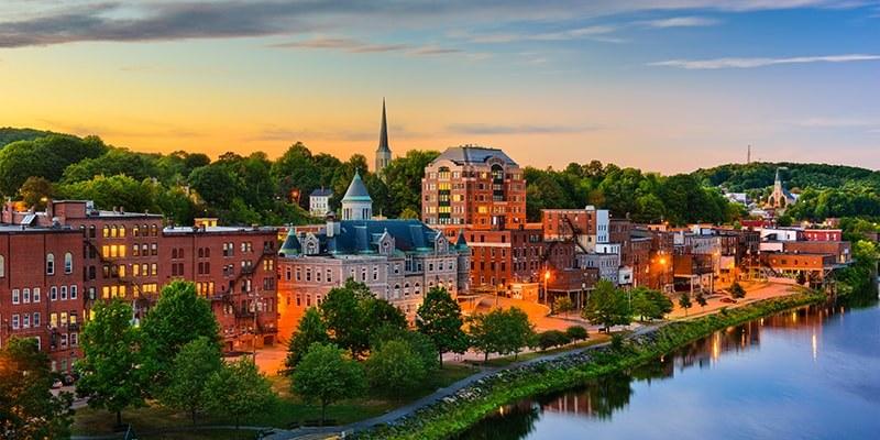 Virtual Alumni Mixer: New England Hero Image